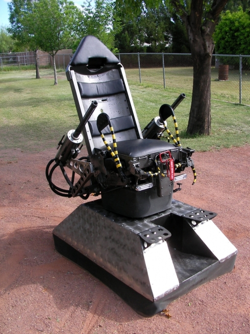 Dr_Strangelove_chair,_B-52_chair_with_Propane_oxygen_machine_guns_on_rotating_turret